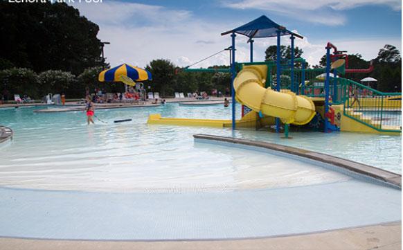 Lenora Park Pool